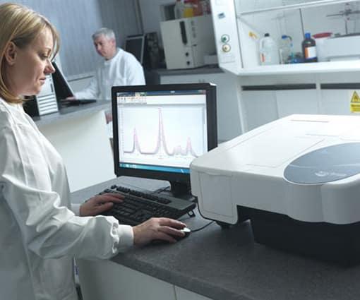 Спектрометри, ELISA Системи, Денситометри, Рефрактометри